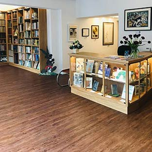 Lucius Books shop