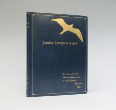 JONATHAN LIVINGSTON SEAGULL.